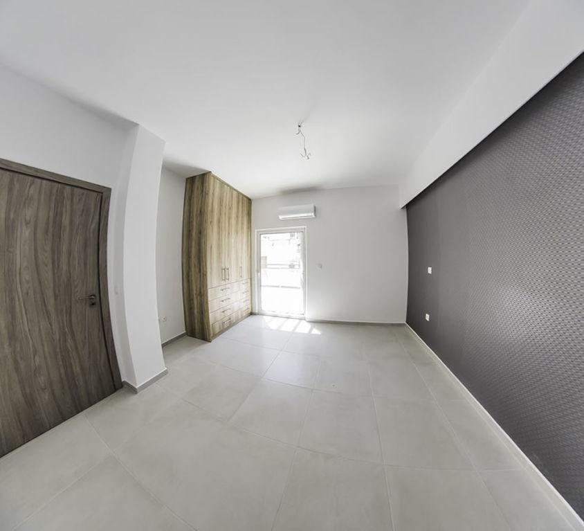 Apartment Renovation in Neos Kosmos